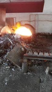 Horno para fundición de aluminio. Usado para fabricación de ligas de aluminio